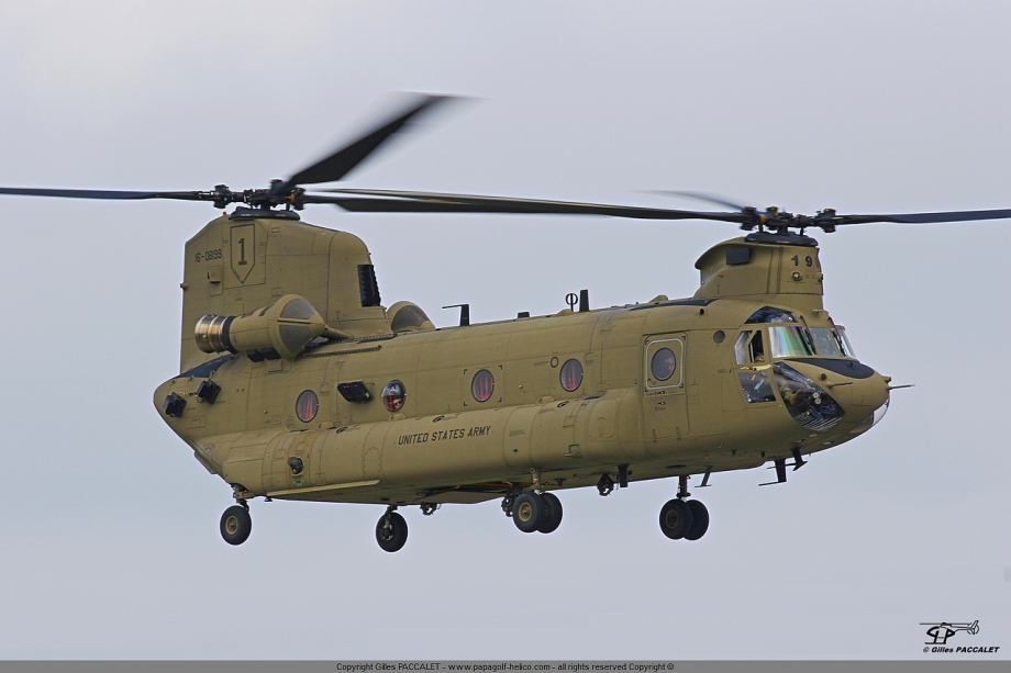 16-08199_Boeing-CH-47F-Chinook_3513.JPG