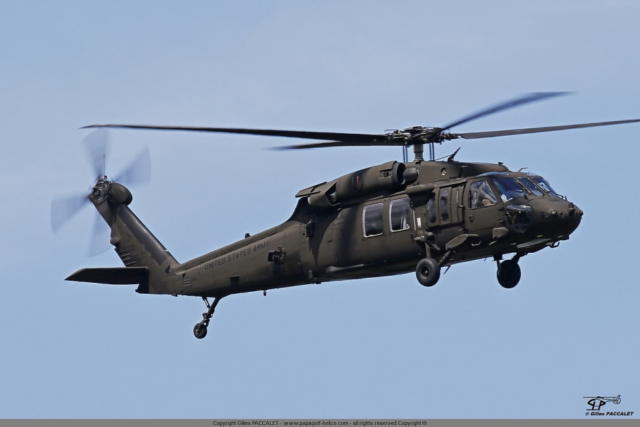 90-23300_Sikorsky_UH-60L_Blackhawk-3370.JPG