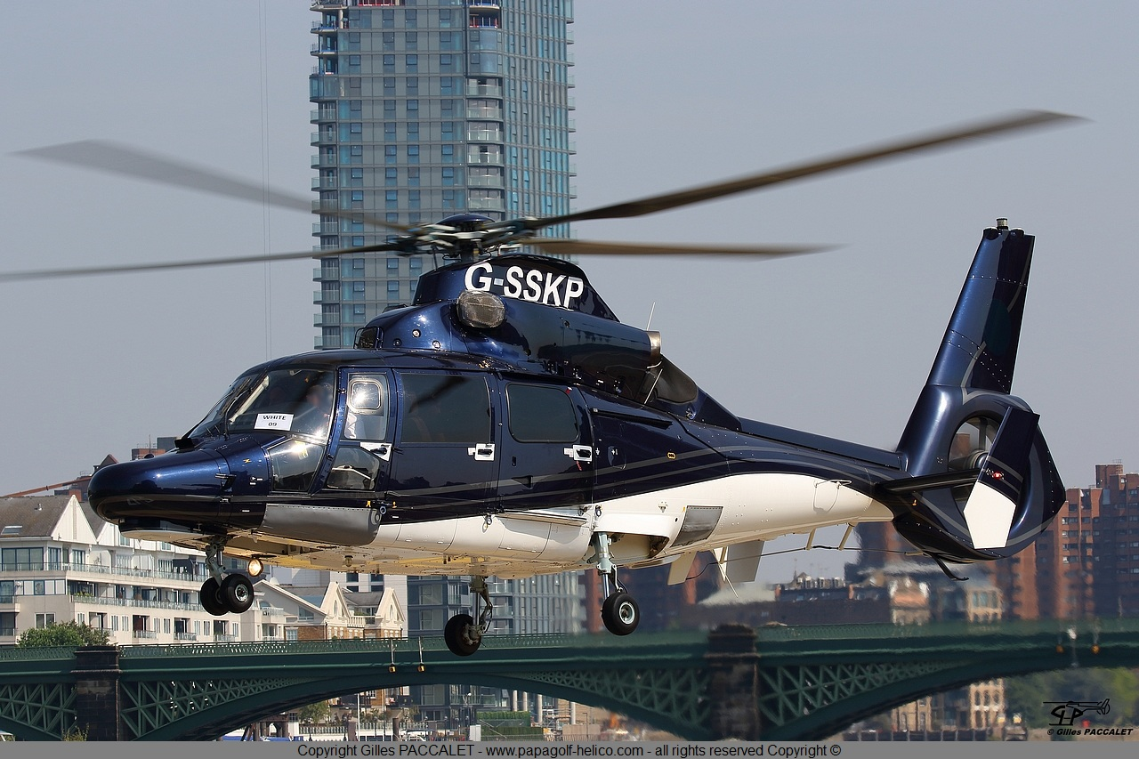 g-sskp_airbus-helicopters_as365-8872.JPG