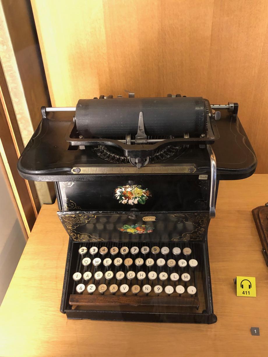 Machine à écrire Remington N°1 1878