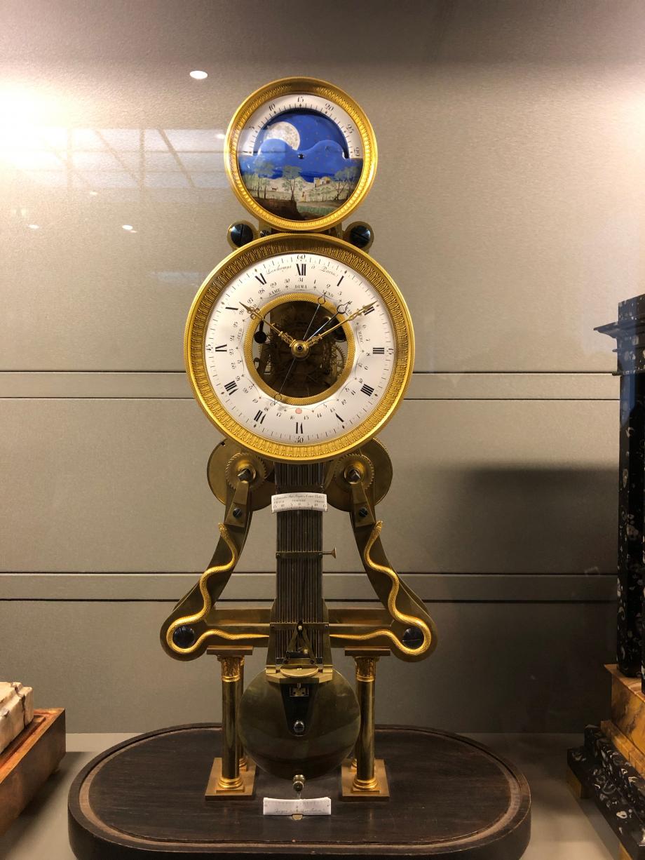 Pendule vers 1825