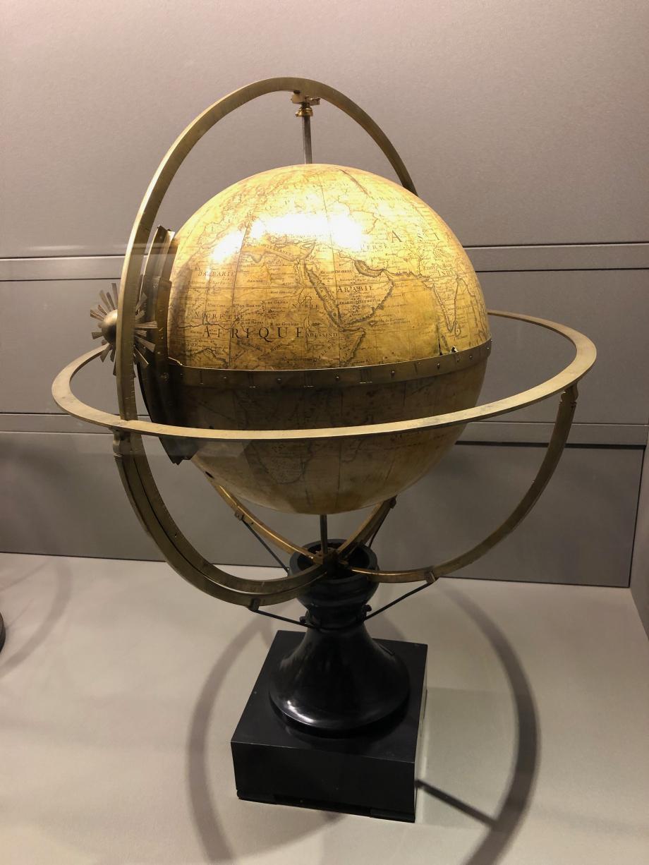 Globe terrestre mécanique de Guillaume de l'Isle 1700