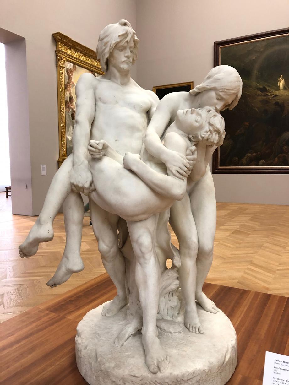 Ernest Barrias Les premières funérailles - 1883 Il s'agit d'Adam et Eve portant le corps de leur Abel, victime de la jalousie de son frère Caïen