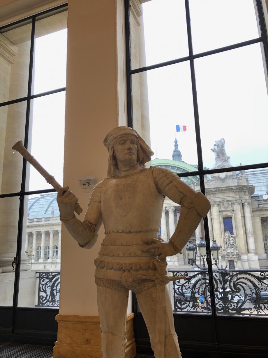 jules Coutan - Sergent d'armes du XIVème siècle - 1885 En arrière plan, on peut voir le Grand Palais