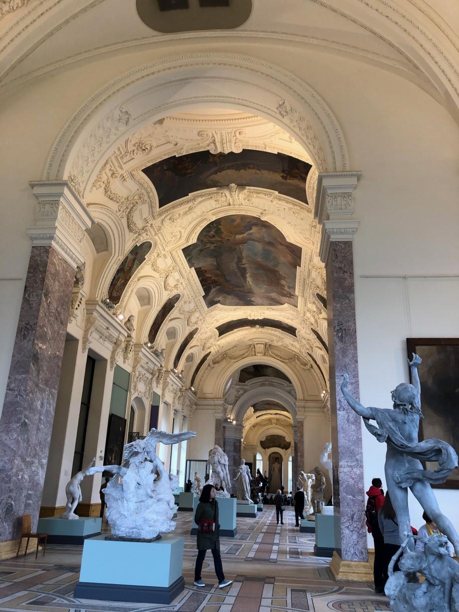 la belle Galerie des Sculptures