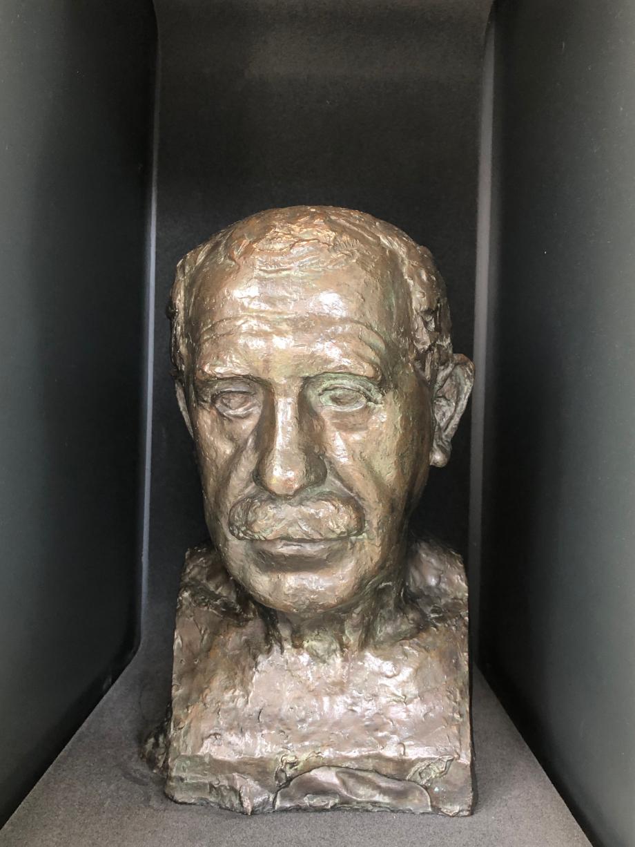 Le père de l'artiste 1922 Portrait réalisé à Alger pendant les vacances scolaires de Paul Belmondo alors étudiant à l'Ecole Nationale des Beaux-Arts de Paris