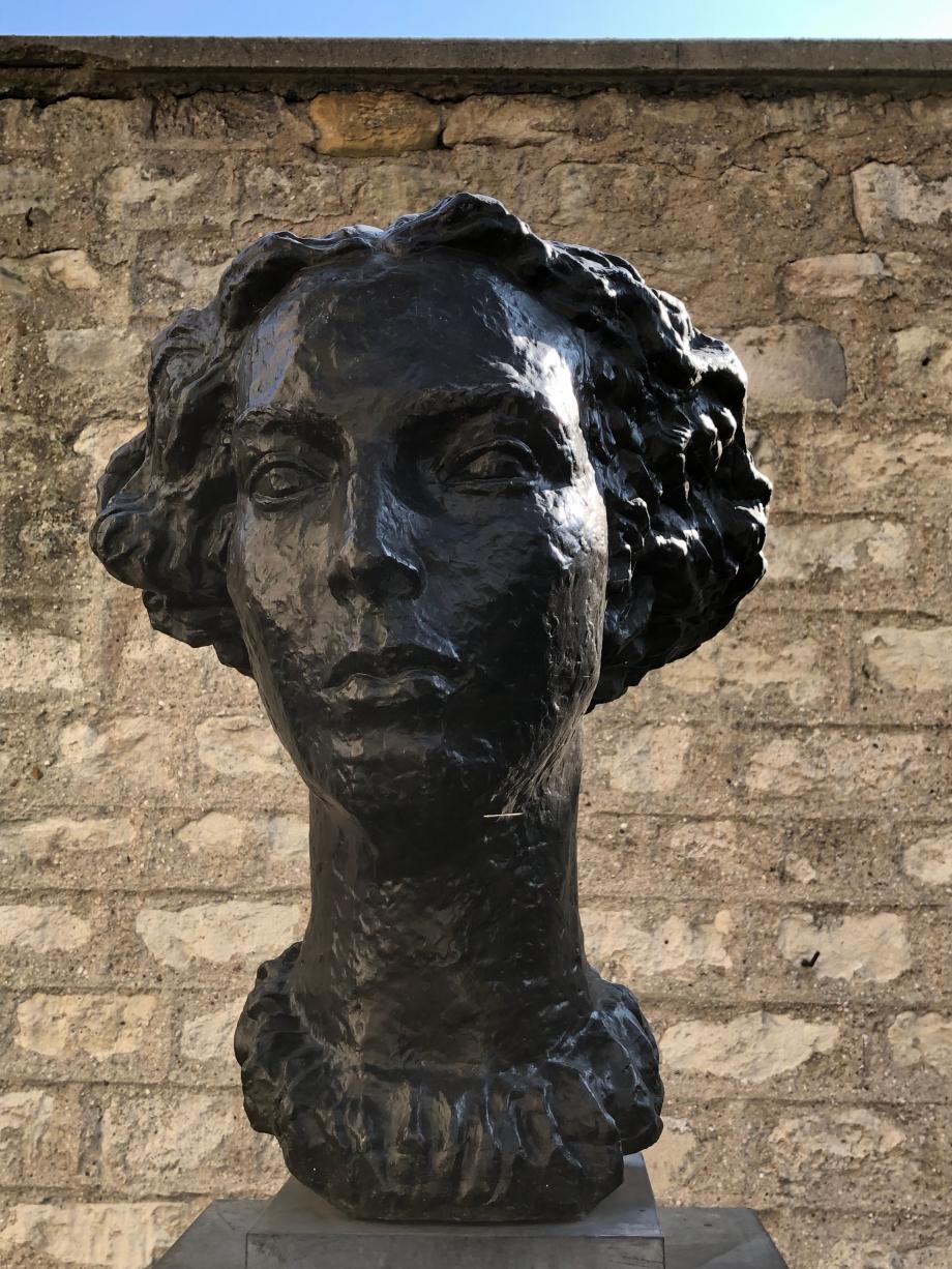 Marguerite Cossaceanu-Lavrillier Tête monumentale 1940
