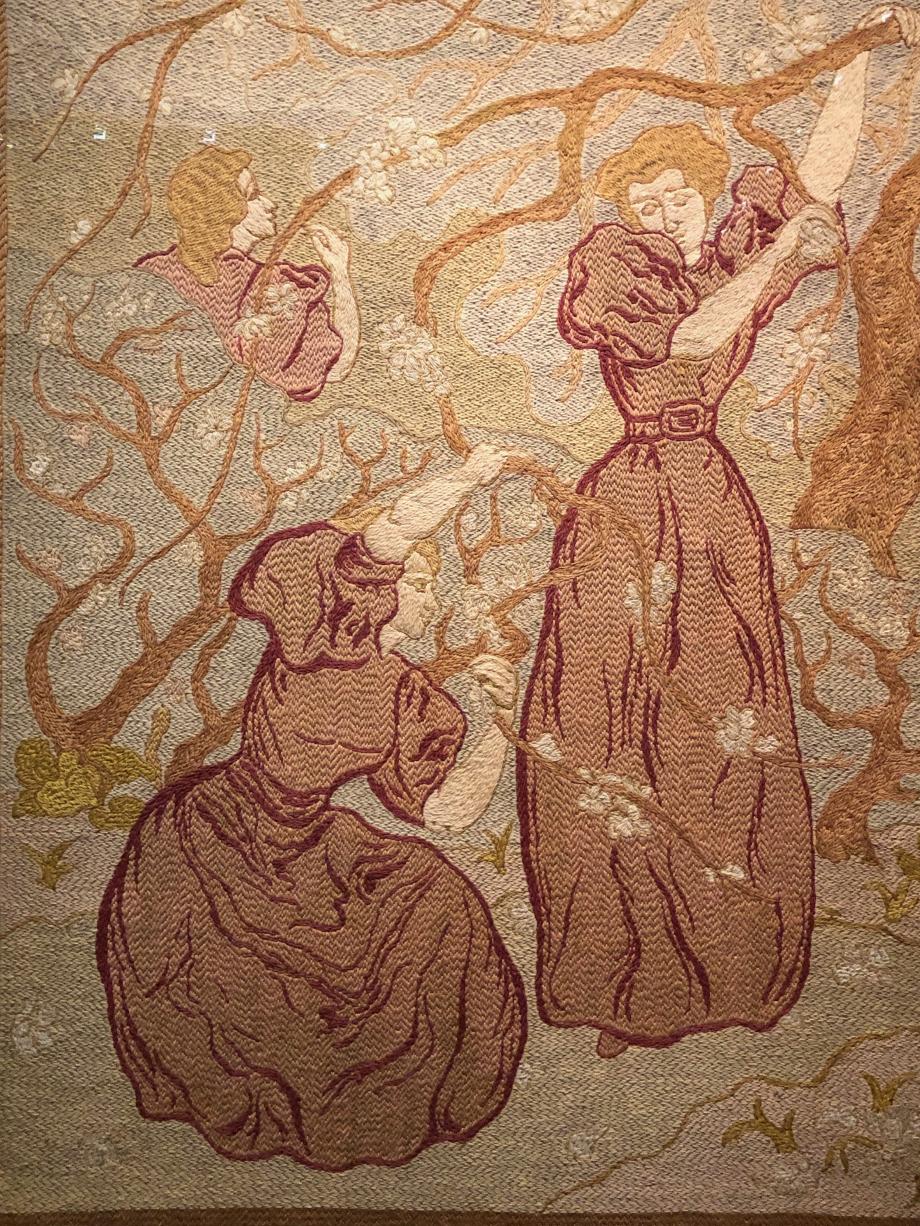 Paul Ranson Printemps ou Femmes sous les arbres en fleurs - 1895 Tapisserie à l'aiguille Laine sur toile à canevas Musée d'oRSAY