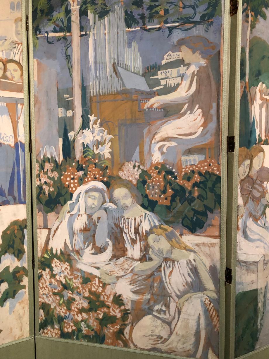 En 1904, Maurice Denis reçoit une commande pour des panneaux décoratifs destinés au salon de musique de Kurt Von Mutzenbecher, l'intendant du théâtre impérial de Wiesbaden. La pièce a été conçue et aménagée par l'architecte belge Henry van de Velde. Maurice Denis réalise alors 4 études préparatoires pour ce projet aujourd'hui perdu. Celles-ci sont assemblées en paravant par l'artiste lui-même vers la fin de l'année 1913 ou au début de 1914