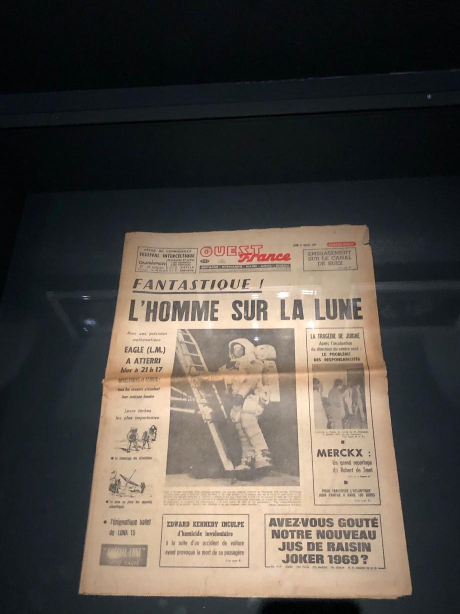 la une de Ouest France du 21 juillet 1969