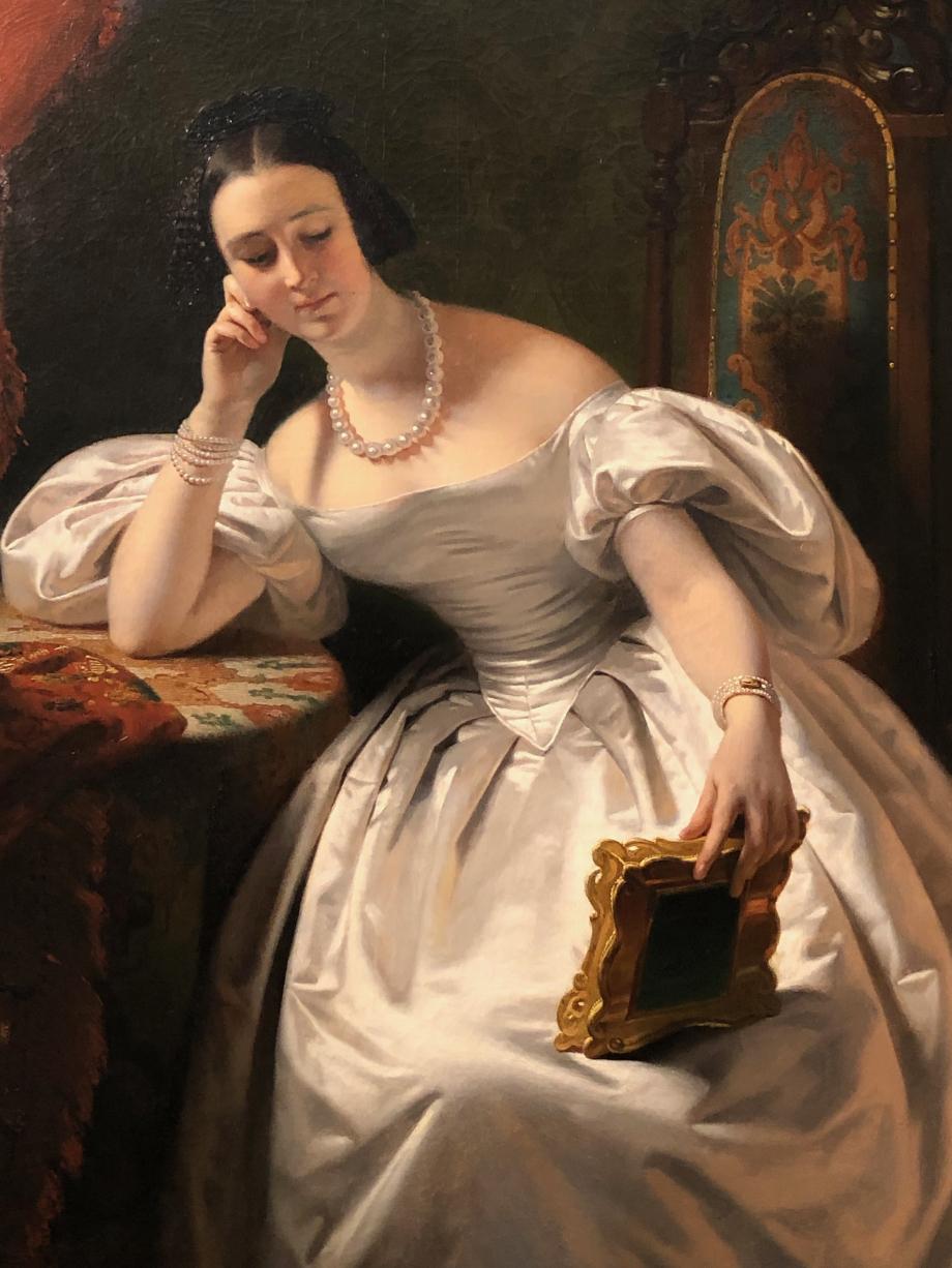 Claude-Marie Dubufe Jeune fille au portrait - vers 1830 C'est une parfaite incarnation de la parisienne de 1830  Paris, Musée des Arts Décoratifs