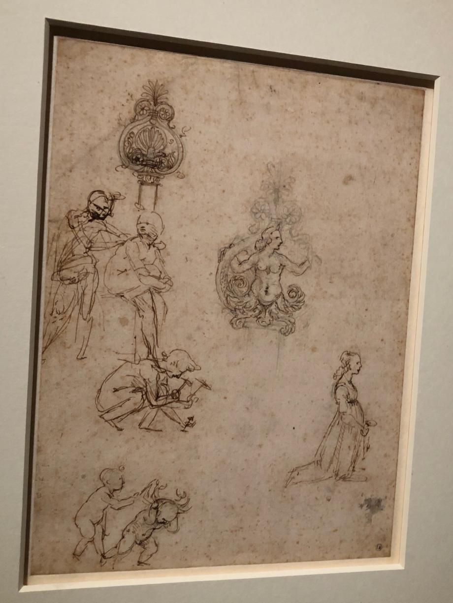 Léonard de Vinci Etudes de personnages et d'éléments décoratifs vers 1480 1481 Bayonne, Musée Bonnat-Helleu  Les personnages en pleine discussion et l'homme qui plante un clou ont été mis en rapport avec certains des figurants de l'Adoration des Mages. La finalité des autres études demeure inconnue.