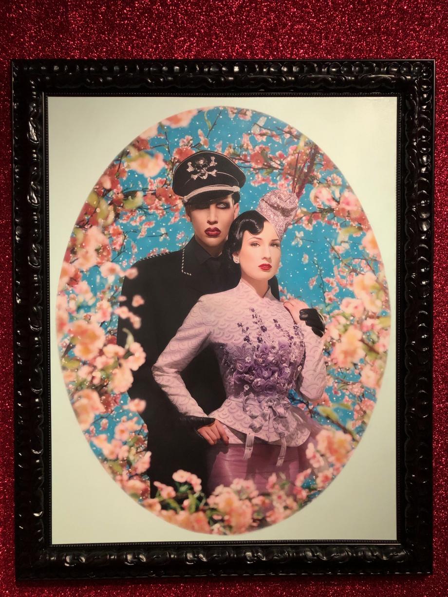 Le grand amour : Marylin Manson et Dita Von Teese Cette image a servi pour leur faire-part de mariage