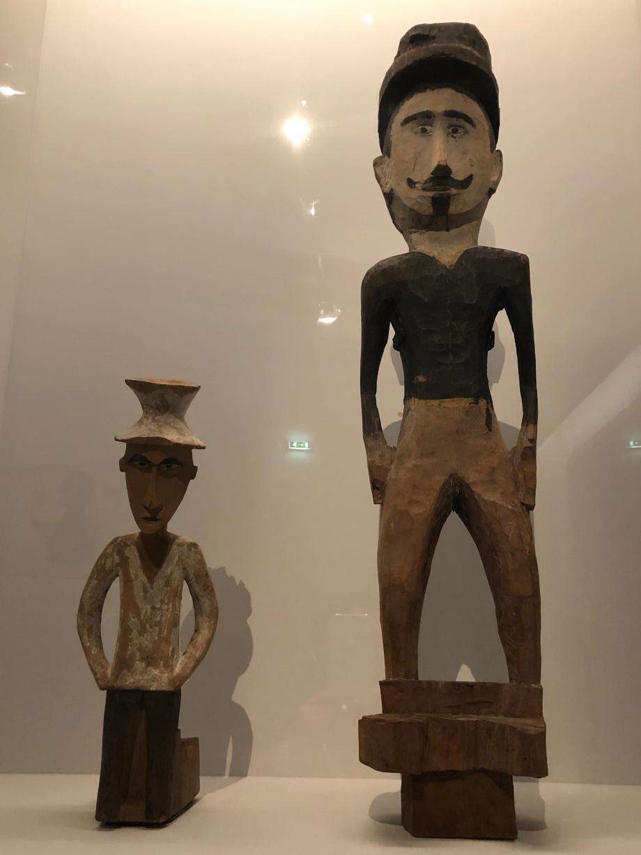 Figures d'Européens Fin du XIXè ou début du XXè siècle Palaos et Yap Musées de Leipzig et Cologne, Allemagne