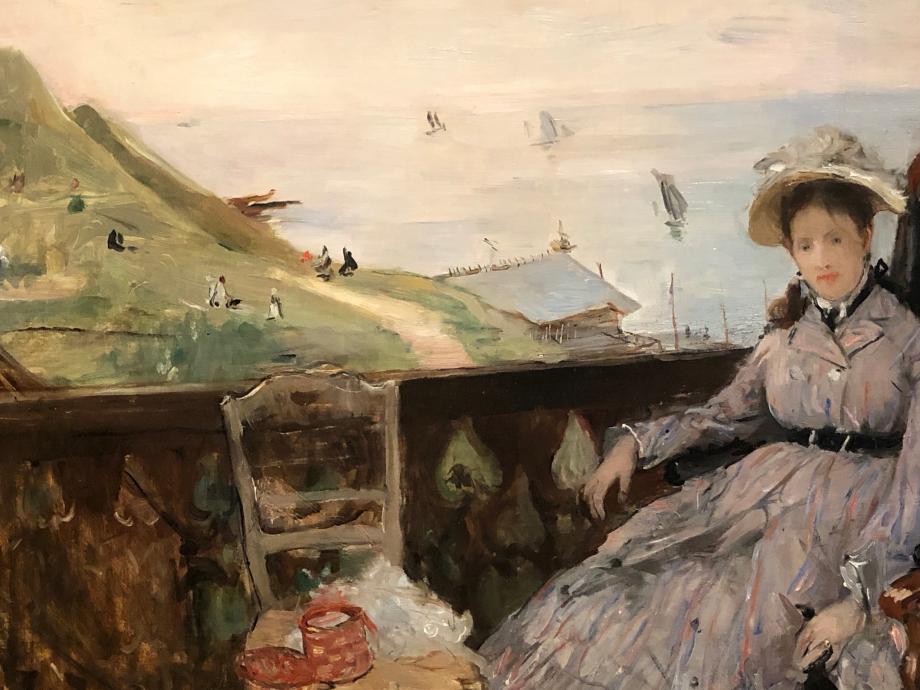 La Terrasse - 1874 Tokyo Fuji Art Museum Lors d'un séjour à Fécamp à l'été 1874, Berthe se fiance avec Eugène Manet également en villégiature sur la côte normande. Le modèle représenté est Marie Boursier, une cousine de l'artiste
