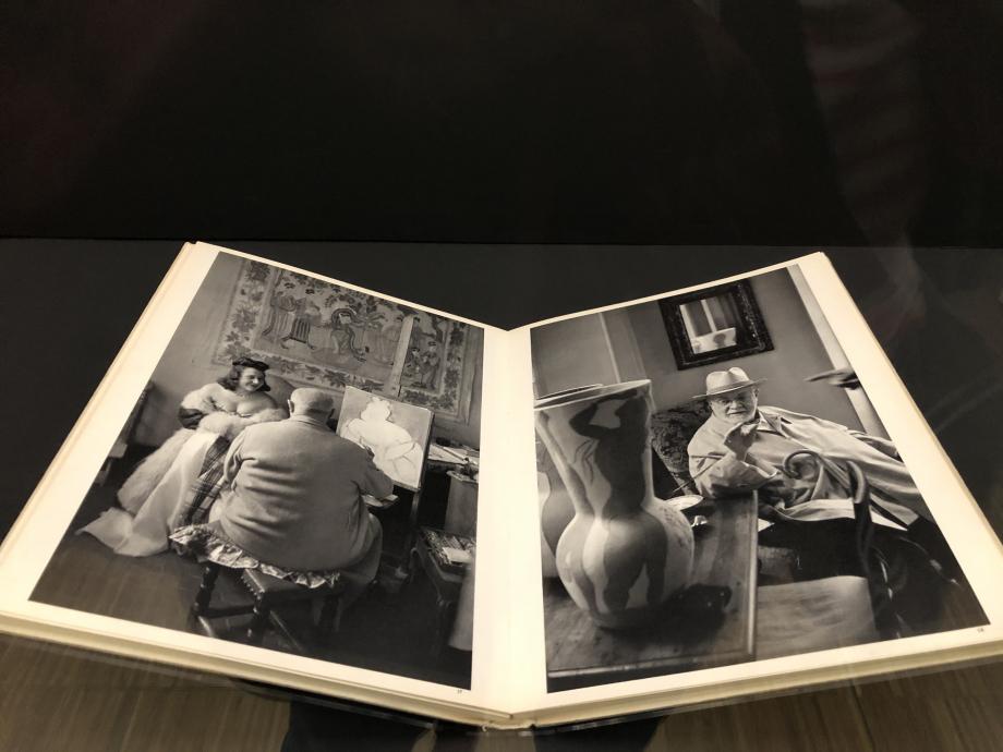 Henri Cartier-Bresson, Images à la sauvette Paris, Editions Verve, 1952 Centre Pompidou