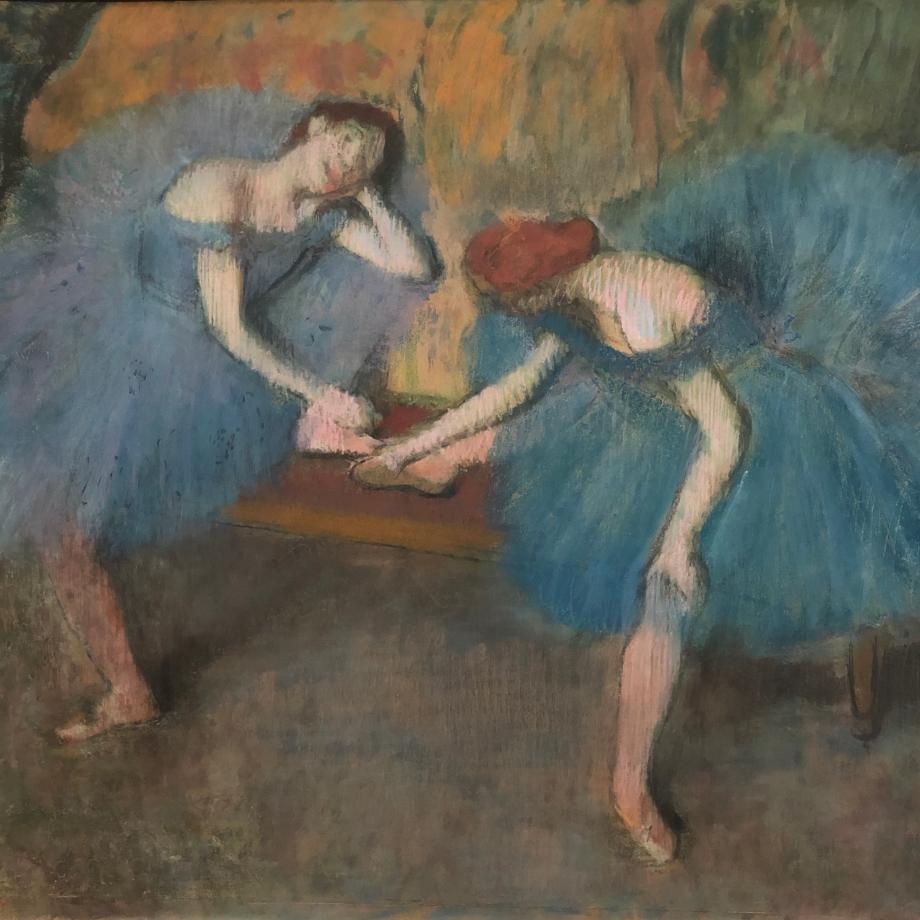 Deux danseuses au repos (dit aussi danseuses en bleu) vers 1898 Paris, Musée d'Orsay