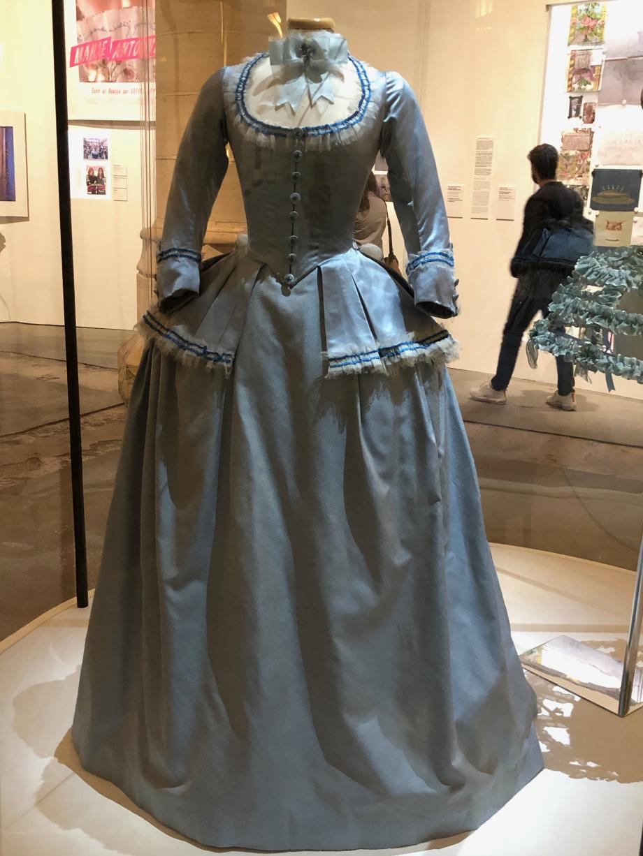 Costume porté par Kirsten Dunst dans le film Marie-Antoinette de Sofia Coppola en 2006