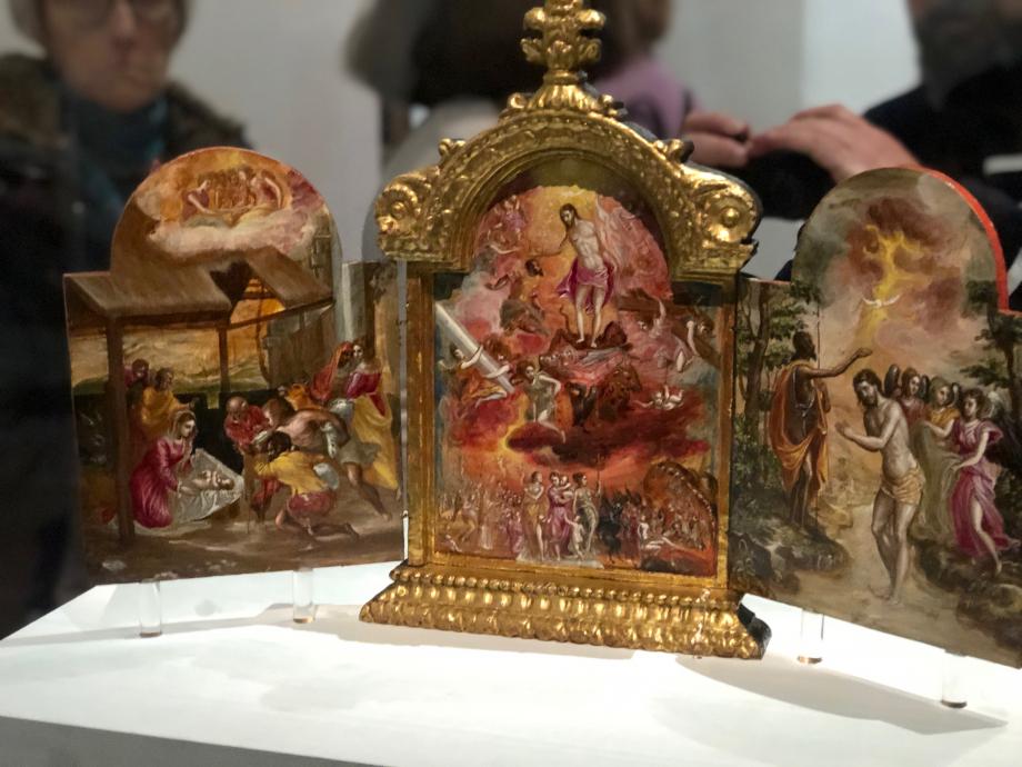 Autel portatif dit Triptyque de Modène 1567 1569 Modène, Galleria Estense  Tel un oratoire mobile, cet objet de dévotion était destiné à pouvoir accompagner son propriétaire. Sa forme est typiquement crétoise mais les emprunts à la gravure italienne et à la peinture vénitienne témoignent des nouveaux intérêts de Greco. L'oeuvre est le point de départ de sa carrière de peintre de la Renaissance.