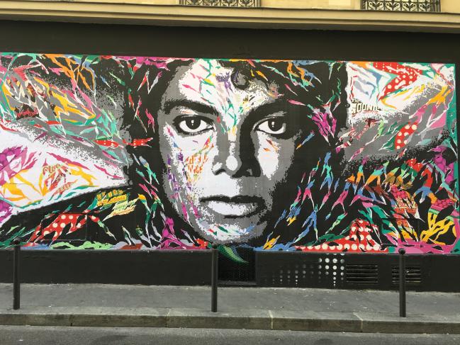 Michael Jackson - rue Robert Planquette dans le 18ème