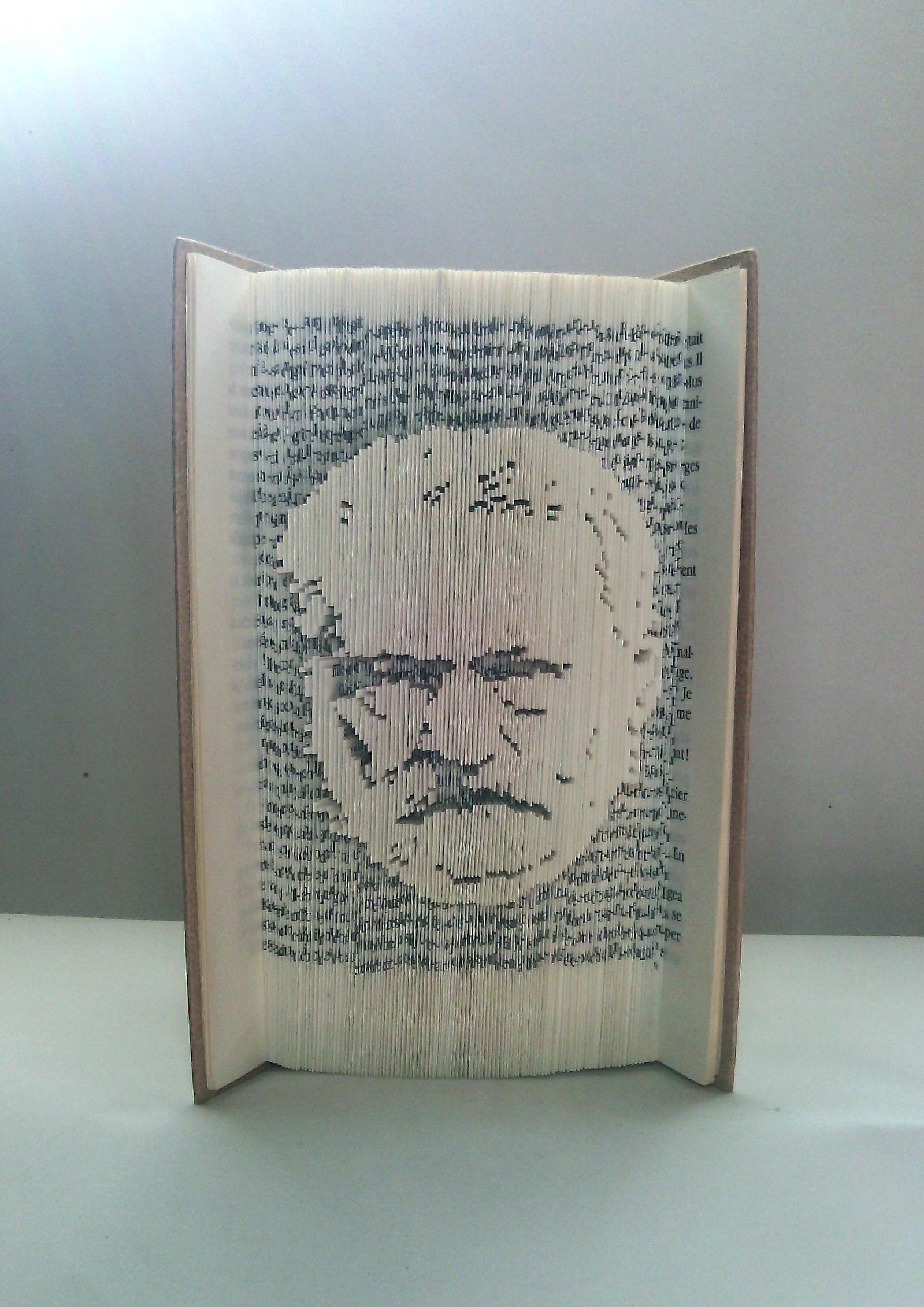 Victor Hugo PM2.JPG