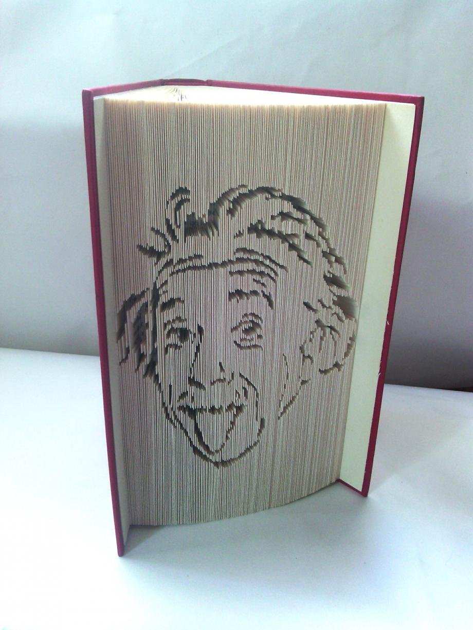 Einstein2.JPG