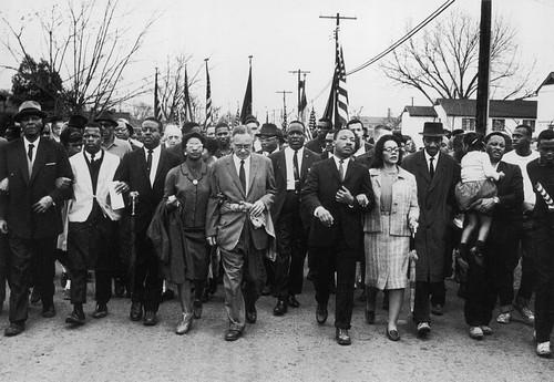 https://static.blog4ever.com/2016/03/816195/Chronique-12-bonus---Selma-marche.jpg
