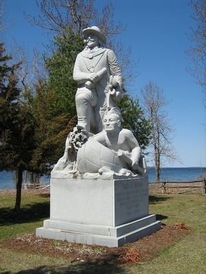 https://static.blog4ever.com/2016/03/816195/Chronique-2-bonus---Samuel-de-Champlain--statue-.JPG