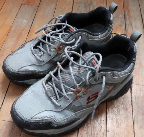https://static.blog4ever.com/2016/03/816195/Chronique-25---Chaussures-trou--es-3.JPG