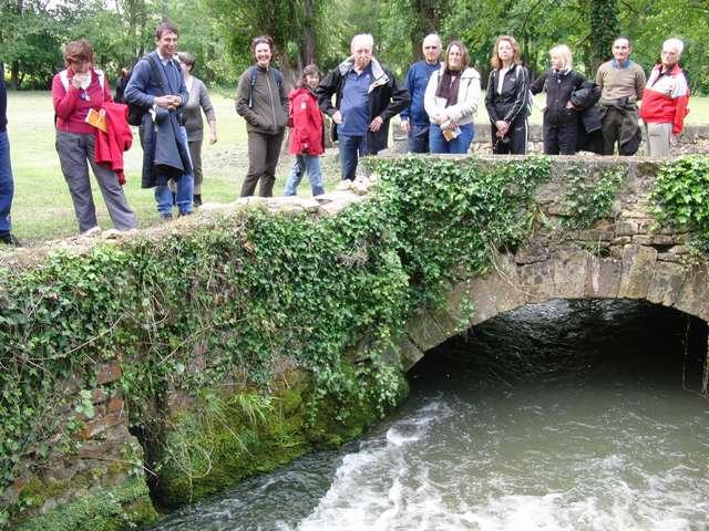 Les promeneurs au Moulin du Pont n ° 6.jpg