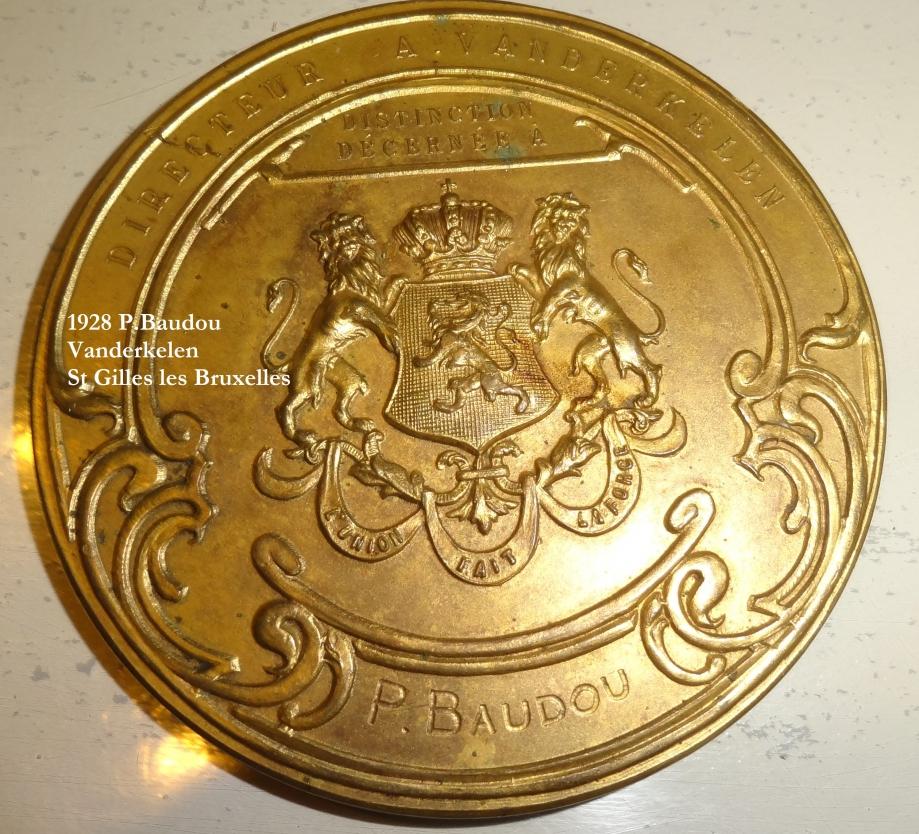 medaille p baudou vanderkelen     (2).JPG