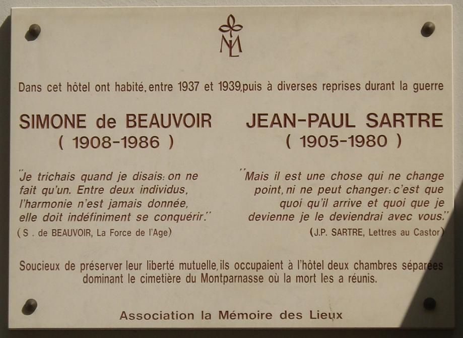 Plaque_Beauvoir_-_Sartre_24_rue_Cels_Paris_14.jpg
