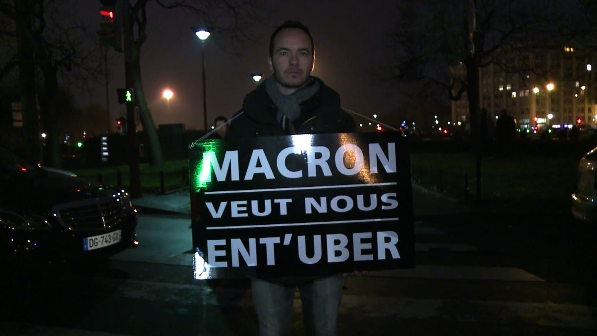 macron uber.jpg
