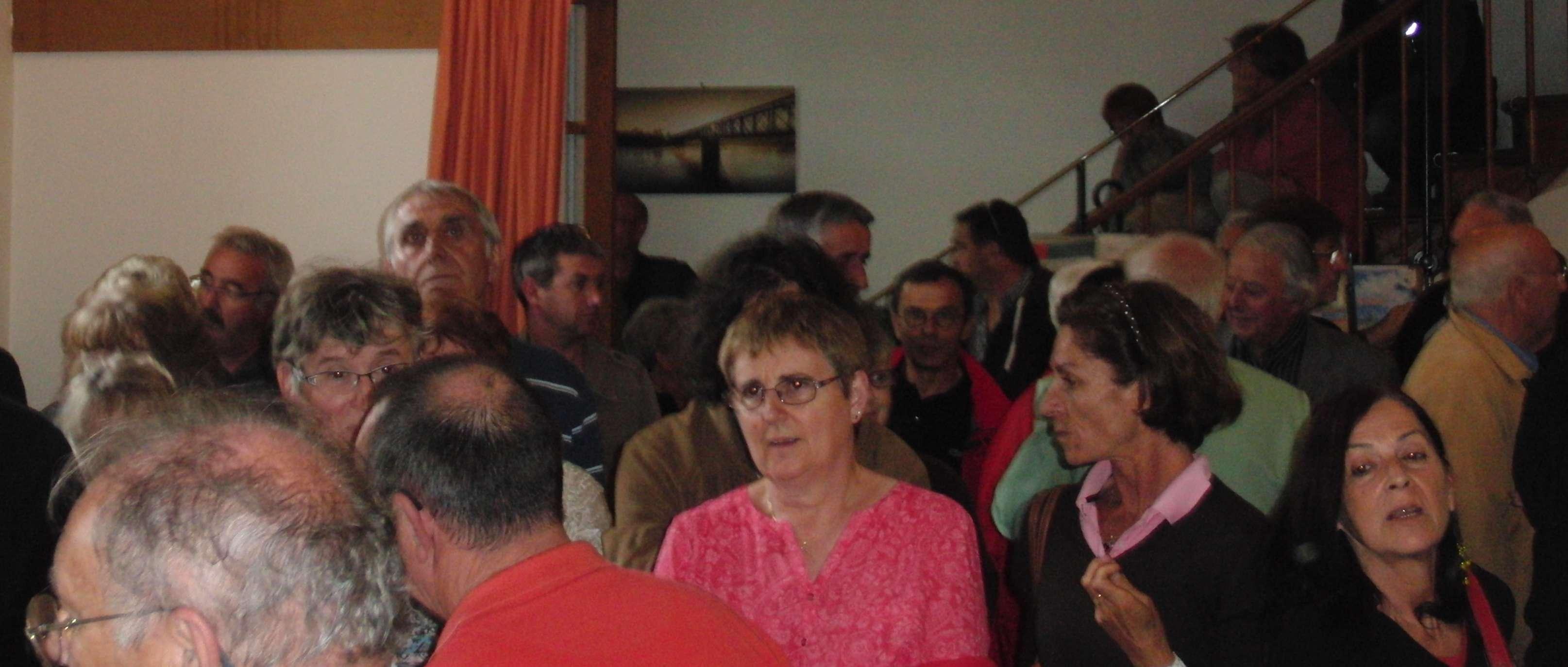 Christian six a remis la pendule municipale cypriote l for Connaitre ses heures creuses