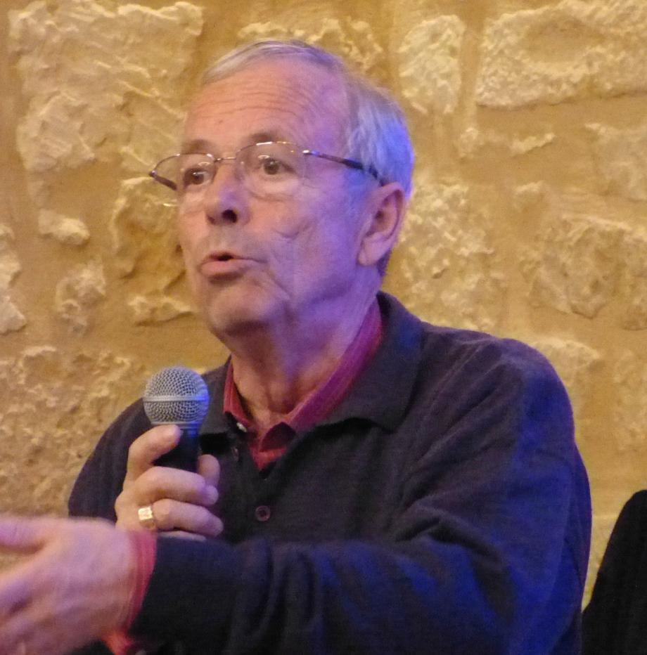 René Mamlaury au microl.JPG