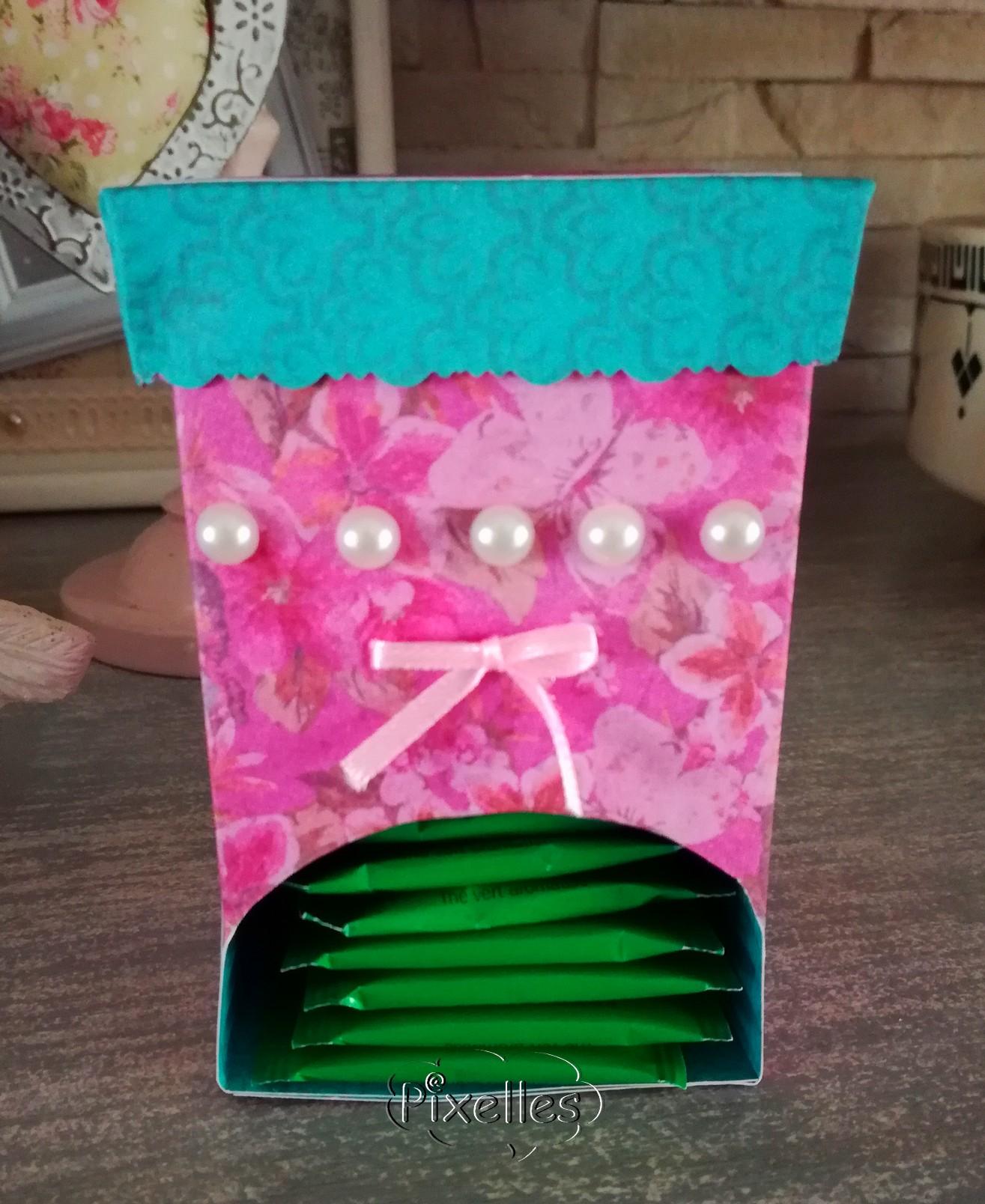 boite à the face vert et rose.jpg