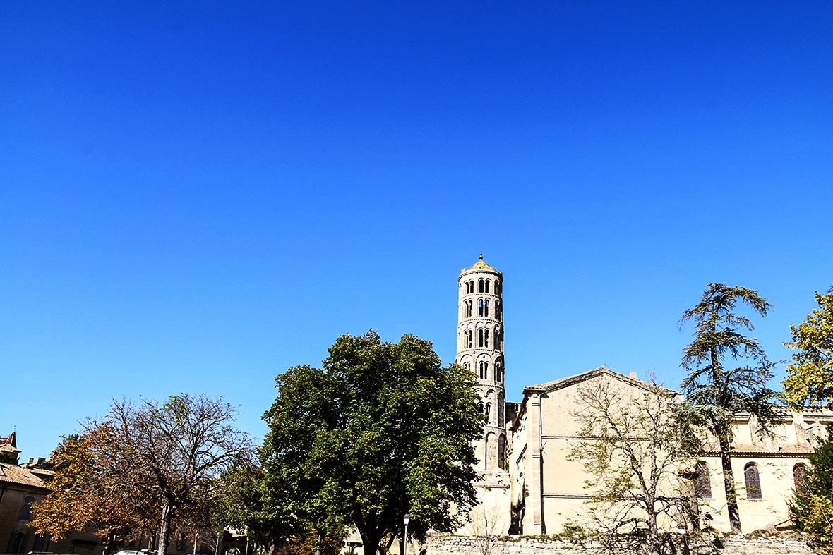 cathédrale Saint-Théodorit.JPG