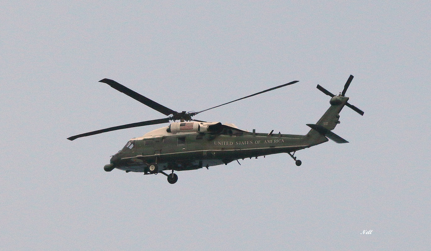 Sikorsky VH-60N Blackhaw (5).JPG