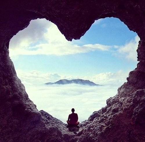 coeur-meditation-problèmes-cardiovasculaires-santé-méditation-mmsr.jpg
