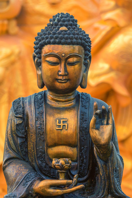 buddha_swatika_d.jpg