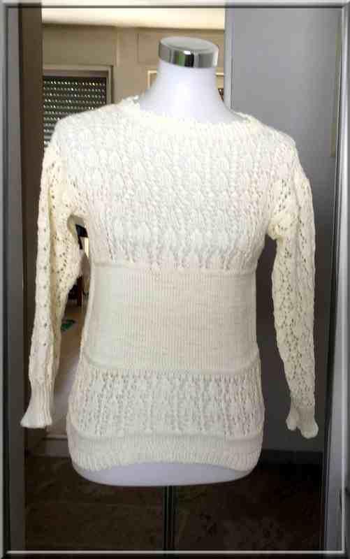 Cette   toute nouvelle création  a été réalisée avec un coton mercerisé   100 % coton  de la marque Schoeller, blanc ivoire .  Le point ajouré intitulé