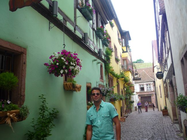 Dating In Alsatia