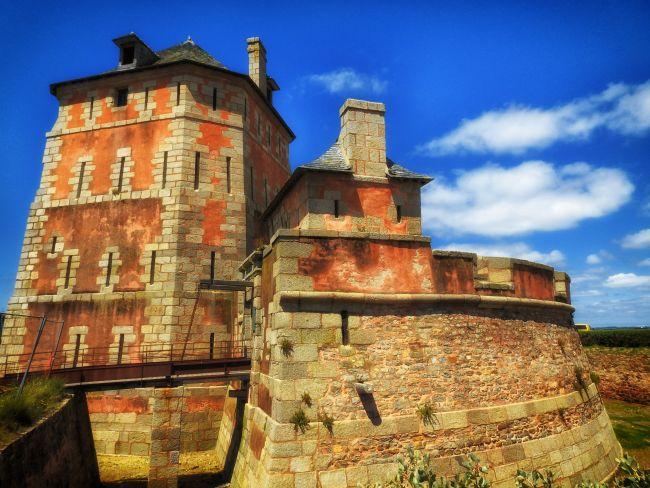 La Tour Vauban de Camaret,gardienne des côtes d'Armorique..