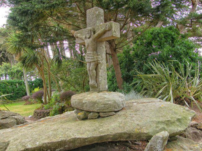 Calvaire du Jardin G. Delaselle sur l'Ile de Batz..