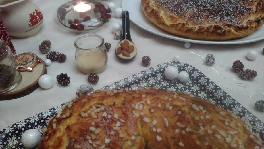 Petite table gourmande de l'Épiphanie.
