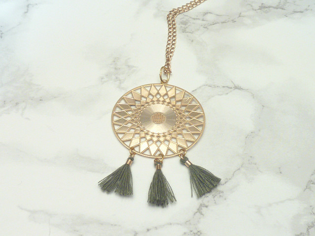 collier-collier-alexia-en-metal-dore-orn-19954015-pendentif-dore--jpg-d0fc0_big.jpg