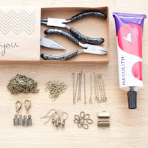 diy-box-bijoux-kit-demarrage-noir.jpg
