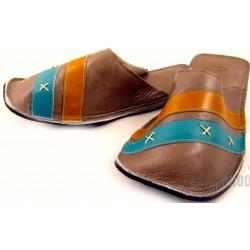 chaussons-cuir-homme-bande-bleue-et-jaune.jpg