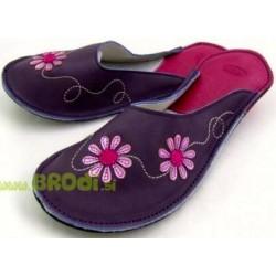 chaussons-cuir-fleurs.jpg