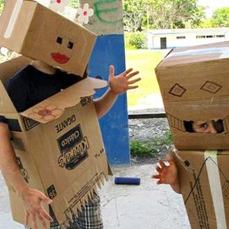 costume-robots-carton.jpg